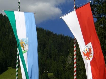 Ladinia und Tirol.